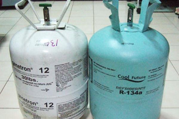 ถ้าในถังน้ำยาแอร์ มีสารทำความเย็นเหลือน้อย ควรจะเติมน้ำยาด้วยวิธีไหนดี