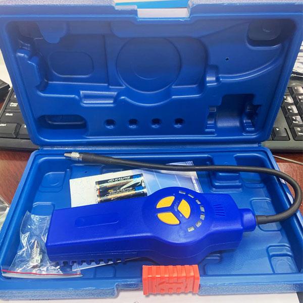 เครื่องเช็ครั่ว ระบบแอร์ รุ่น DSA-200 ตรวจรอยรั่วน้ำยาแอร์ มาพร้อมกล่องพลาสติกแข็งอย่างดี